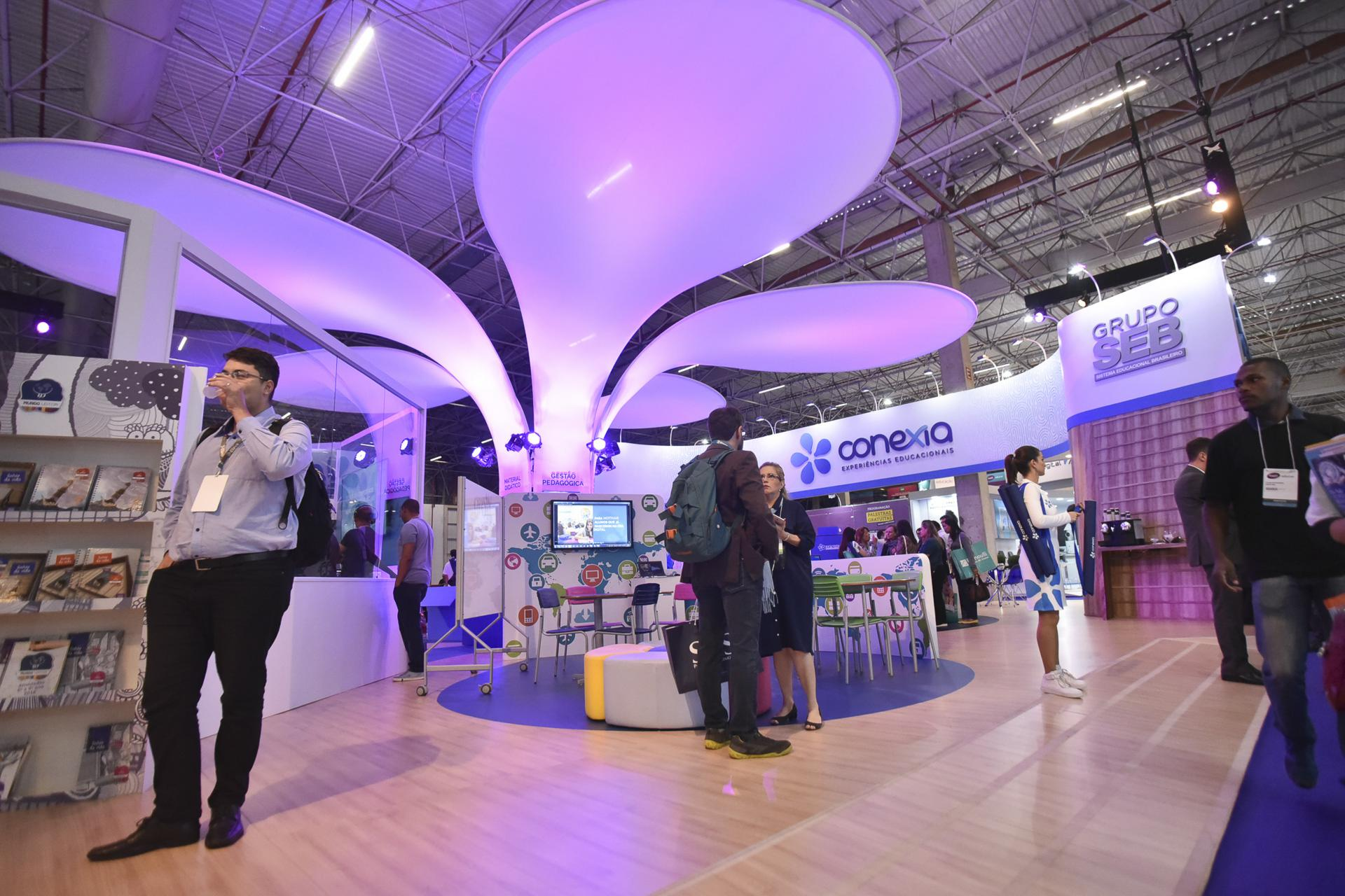 MOBILE ONLY Expondo na Bett